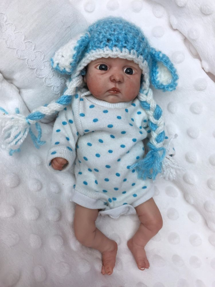0d763e39c This outfit should fit most baby dolls measuring around 7-8