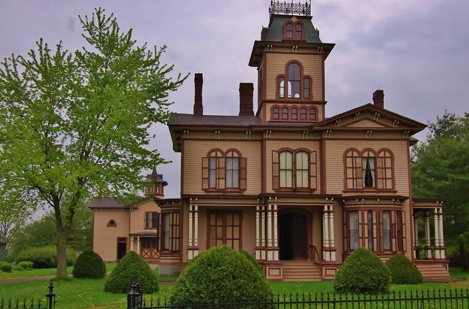 The Hamilton House, originally built in 1870. This house is of the Italianate style. The iron cresting, at the very top of the house, was commonly found on Second Empire homes. The Italianate windows are based on Roman arches. It has 12 foot ceilings and windows which are nearly 11 feet high. Originally on the first floor there was a parlor, a sitting room, an office, anteroom, foyer, dining room and a kitchen with two pantries. Upstairs there were seven bedrooms and a foyer.
