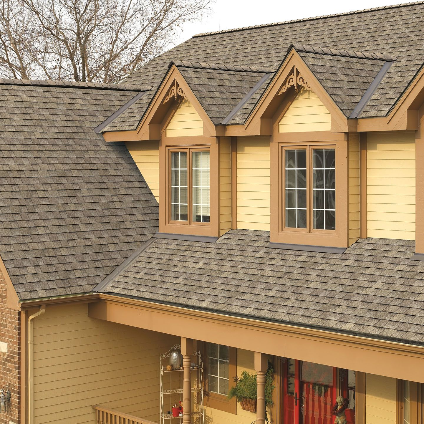 Best Driftwood Shingle House Exterior House Remodel Shingling 400 x 300