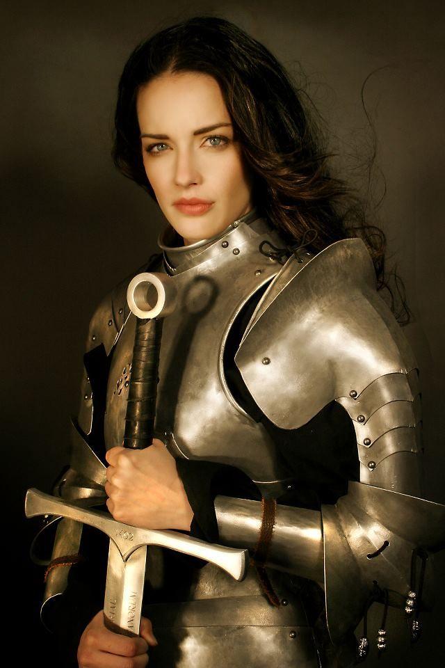 Порно видео рыцари в доспехах фото 135-525
