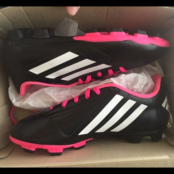 BRAND NEW Women s Soccer Cleats Brand new. Fits more like a 6. Adidas Shoes  Athletic Shoes f31e123eda