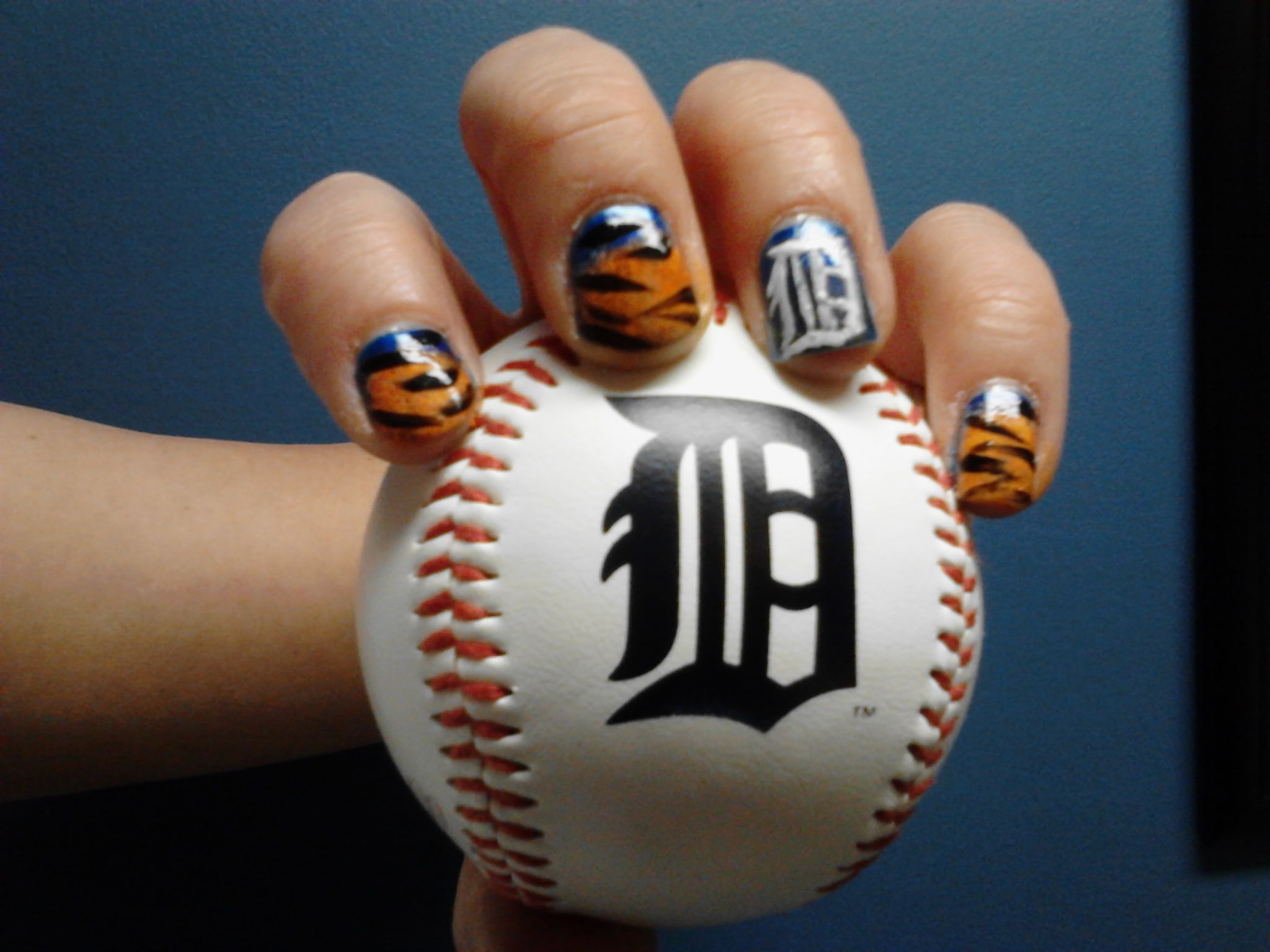 I did these nails right before a Detroit Tigers game. I love them ...