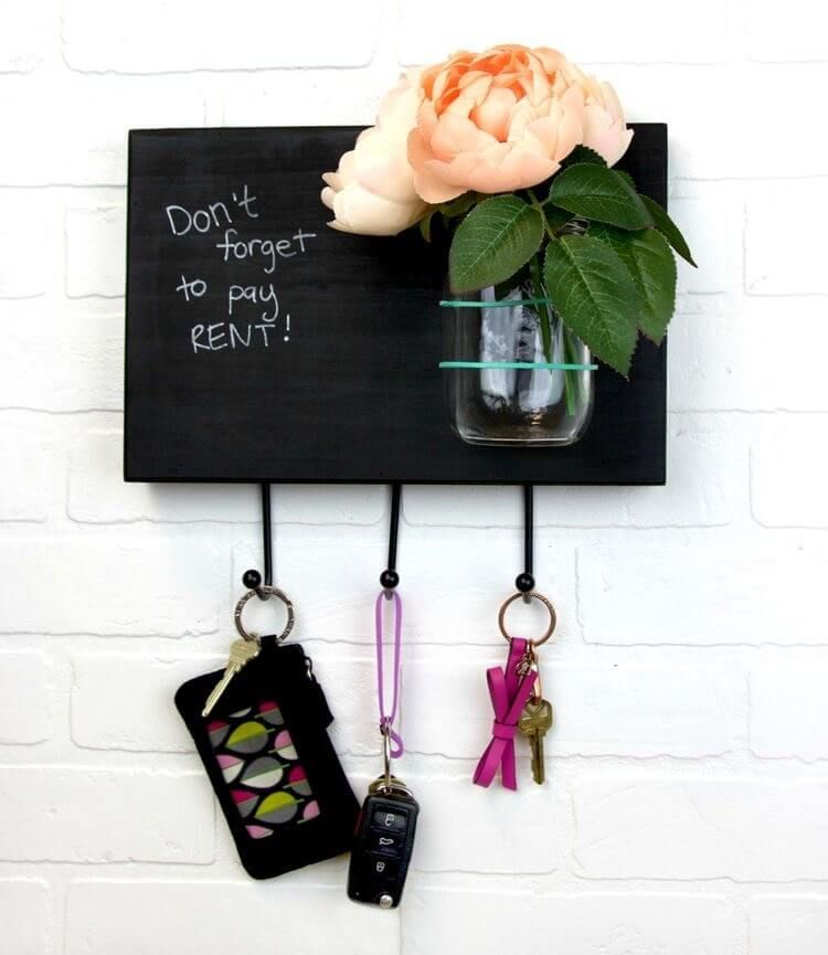 Cheap Dollar Store Decor Ideas That Will Bring Your Home To Life Decorating my home while on a budget has never been easier thanks to these 10 dollar store decor ideas. I'm so happy I found these DIY and cheap ways to give my home a new look. You have to see them! Pinning for later!Decorating my home while on a budget has never been easier thanks to these 10 dollar store d...