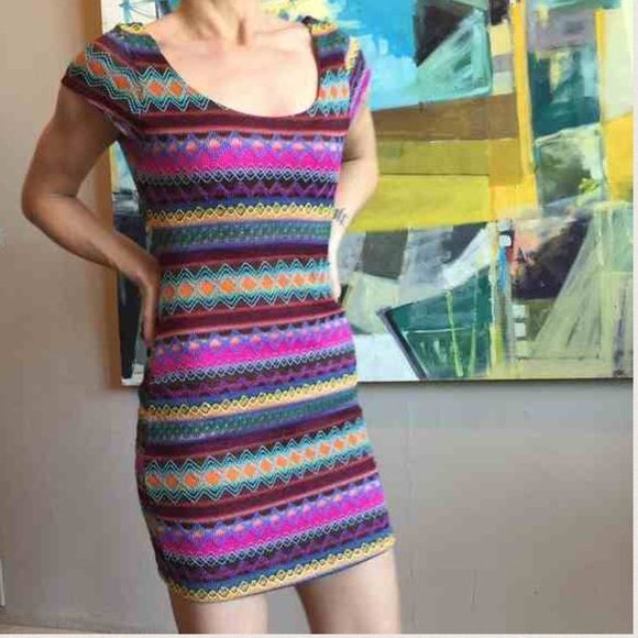 Southwestern pattern mini dress XS Super sexy versatile scoop neck zip back dress. Xs Urban Outfitters Dresses Mini