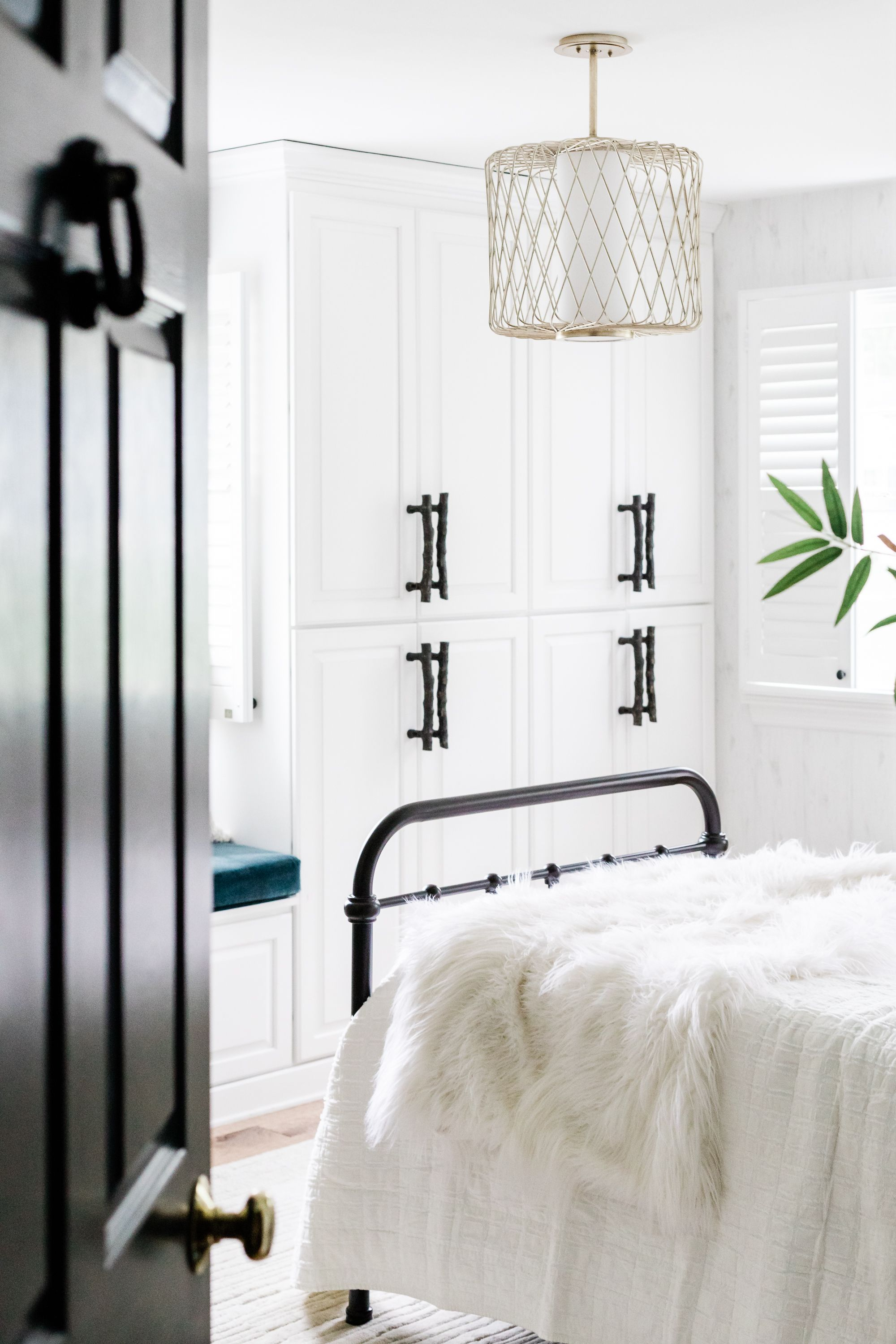 One Room Challenge Master Bedroom Week 6 The Reveal Diy Trim Feature Wall In 2020 Feature Wall Bedroom Master Bedroom Accents Master Bedrooms Decor