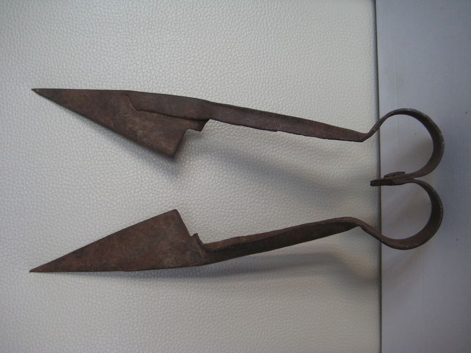 Antique Rustic Forged Iron Sheep Shears Scissors Clippers