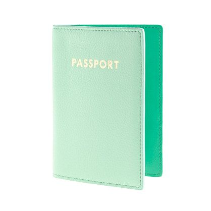 mint leather passport case!!! a perfect stocking stuffer for the travelista!