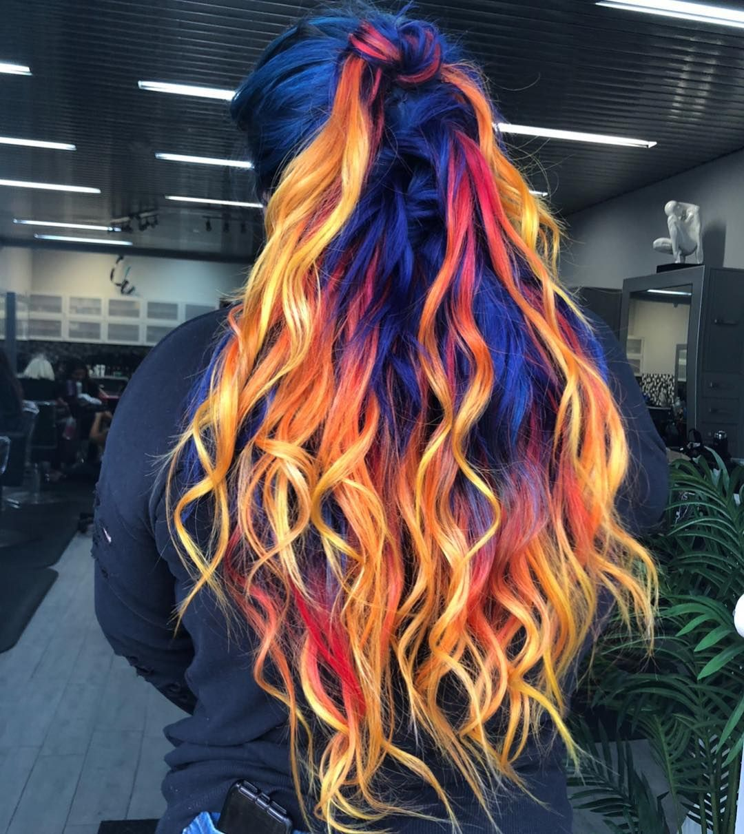 Blue Phoenix Dye Job Seamlessly Combines Fire And Ice Hair Colors
