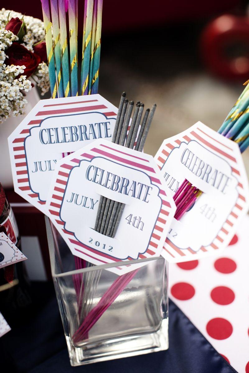Fourth of July Patriotic Wedding Ideas sparklers