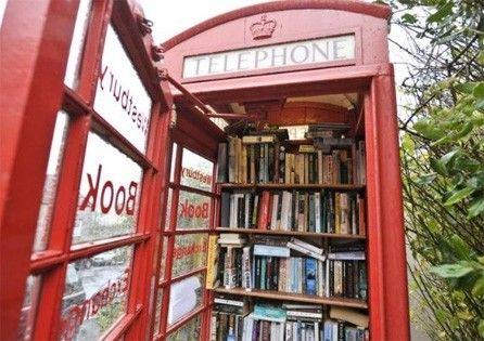Cabina Telefonica : La cabina telefonica diventa biblioteca small buildings and building