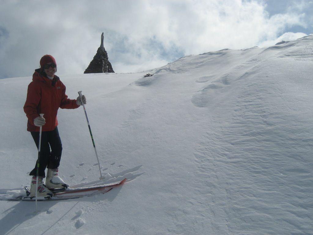 Loma de Cauchiles en Sierra Nevada en zona de V. de las Nieves