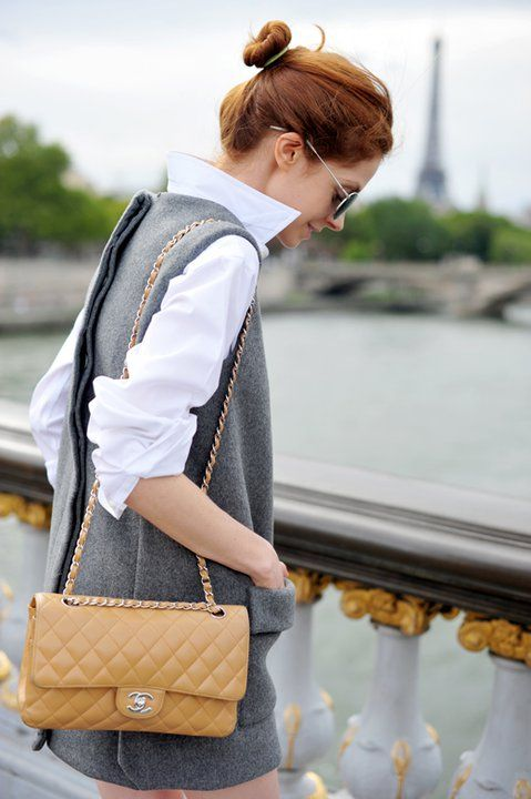 chanel flap bag outfit