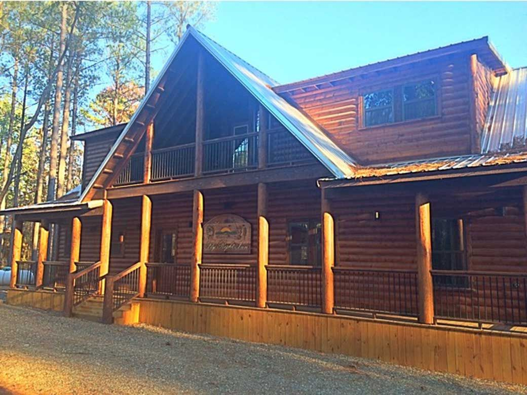 Fly Right Inn Luxury Cabin Rental Broken Bow Cabins Broken Bow Lake