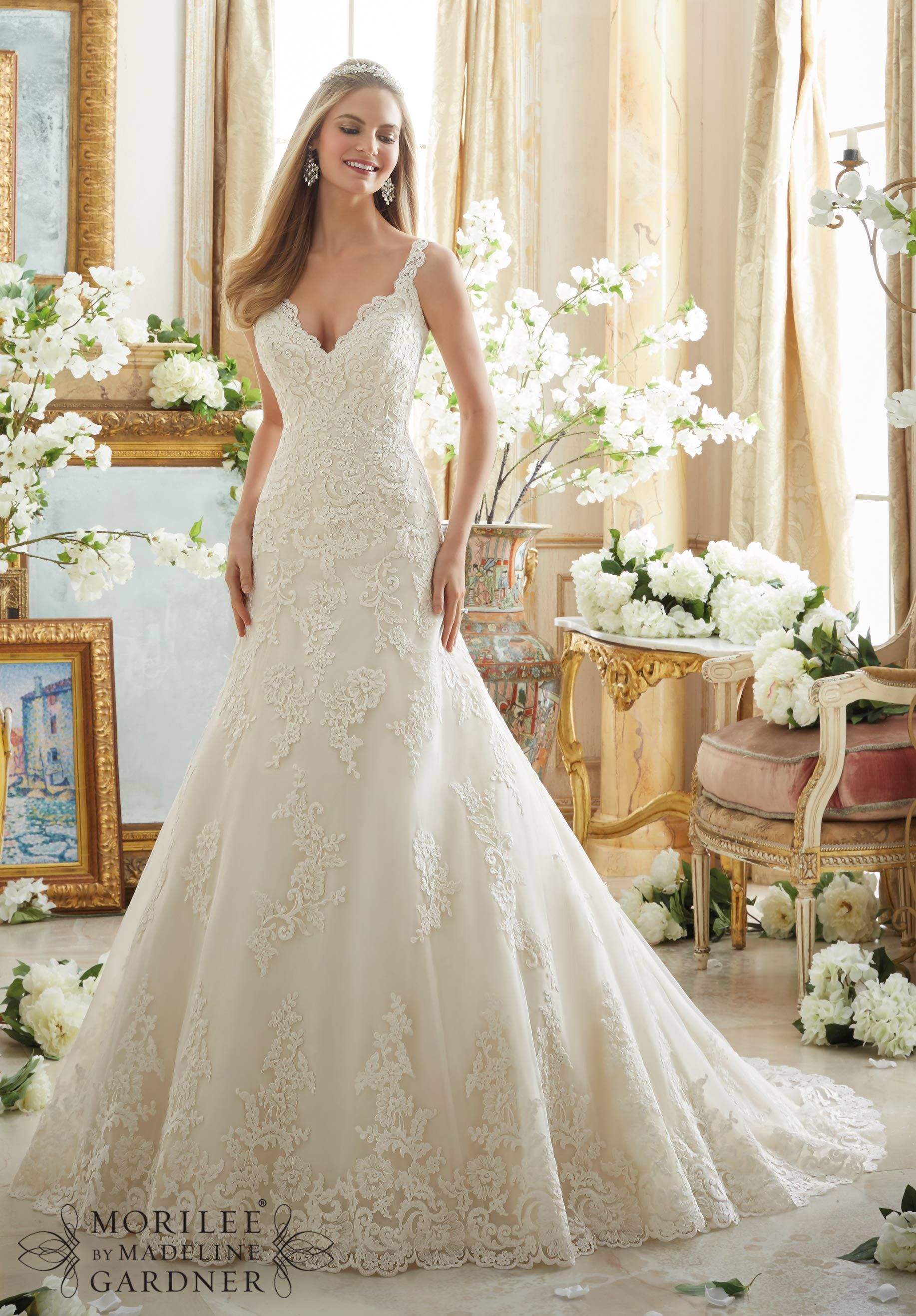2890 Bridal Gowns / Dresses Embroidered Lace Appliques on Tulle with ...
