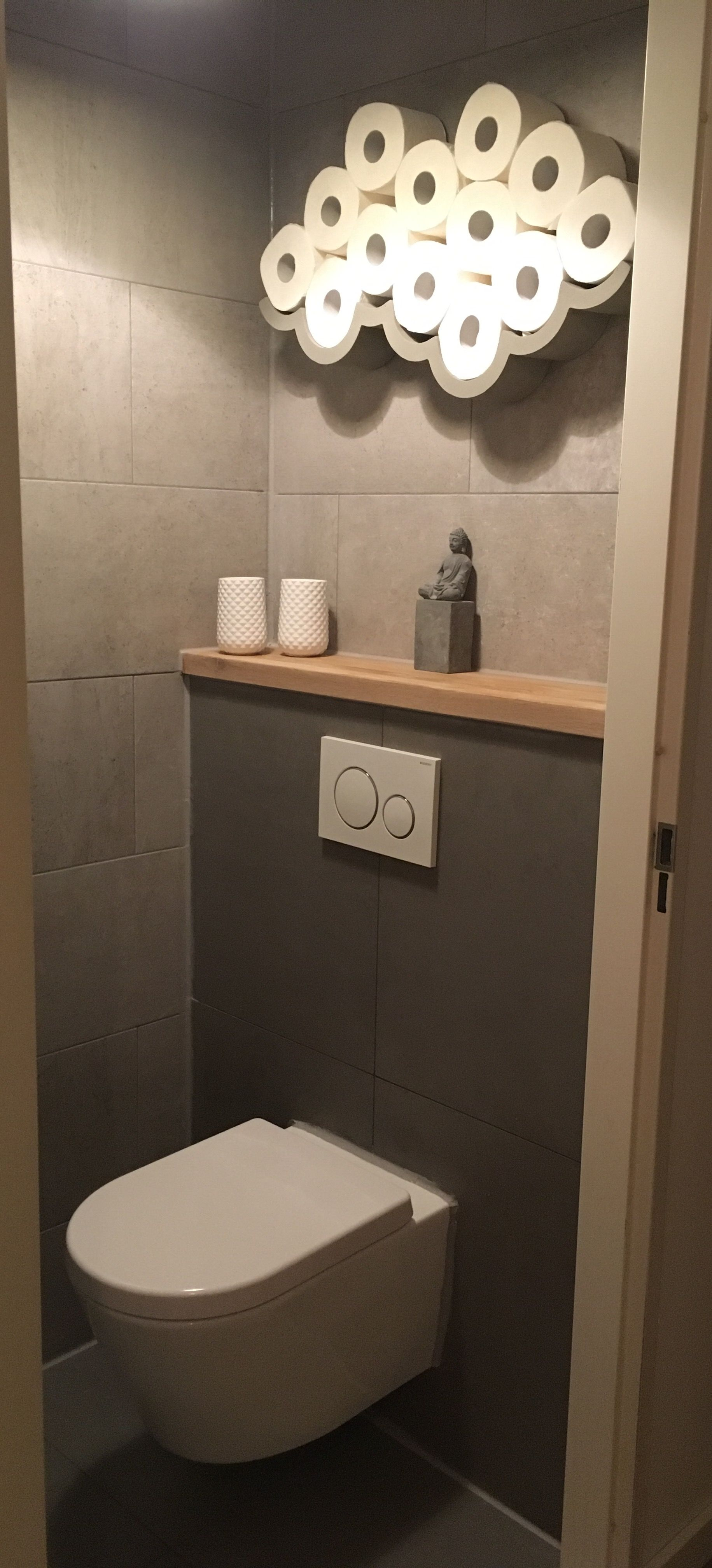 Betonlook Tegels Met Geberit Toilet (Diy House Shelf) Rangement Toilette,  Salle De Toilette