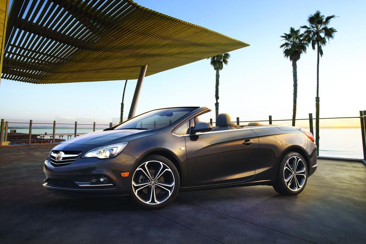 The Sole Engine Available In The Cascada Is A Turbocharged 1 6 Litre Petrol Making 125kw Of Power And 260nm Of Torque Most Co Buick Cascada Buick Buick Cars