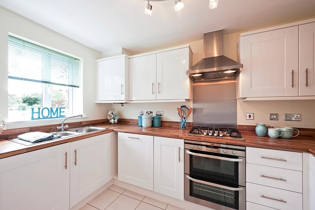 taylor wimpey kitchen - Google Search | New house | Pinterest ...