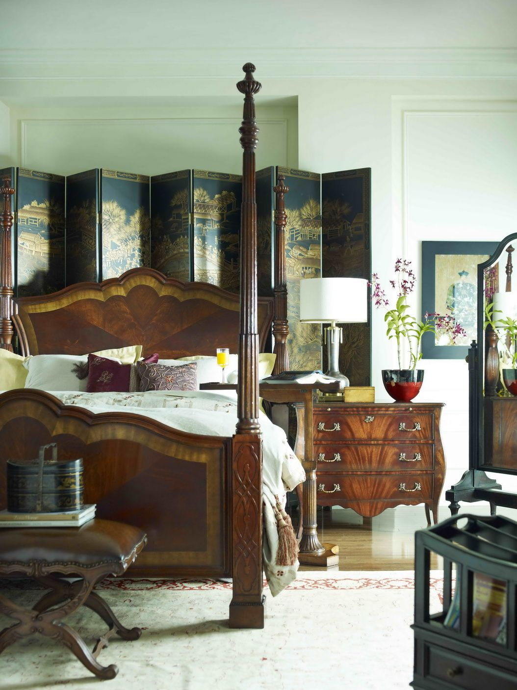 Jonathan Charles Fine Furniture, Four Post Bed, Vintage Bedroom