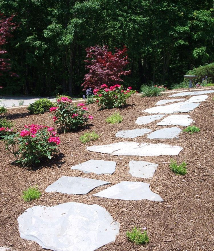 Colonial Garden Path Stepping Stones #steppingstonespathway Colonial Garden Path Stepping Stones #steppingstonespathway