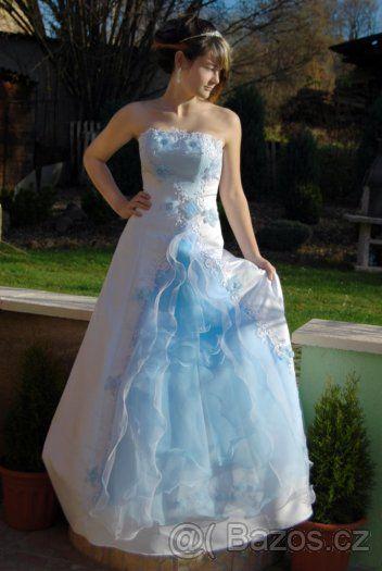 ae7fa2630e5c Šaty pro družičku s modrým zdobením - 1