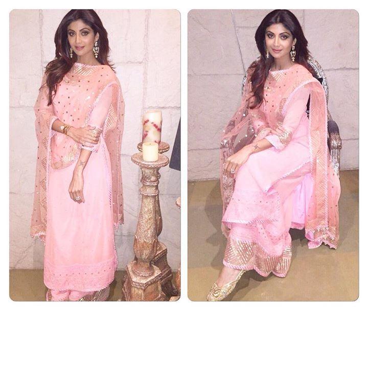 Instagram: simmi_sn | Punjabi suits | Indian salwar kameez