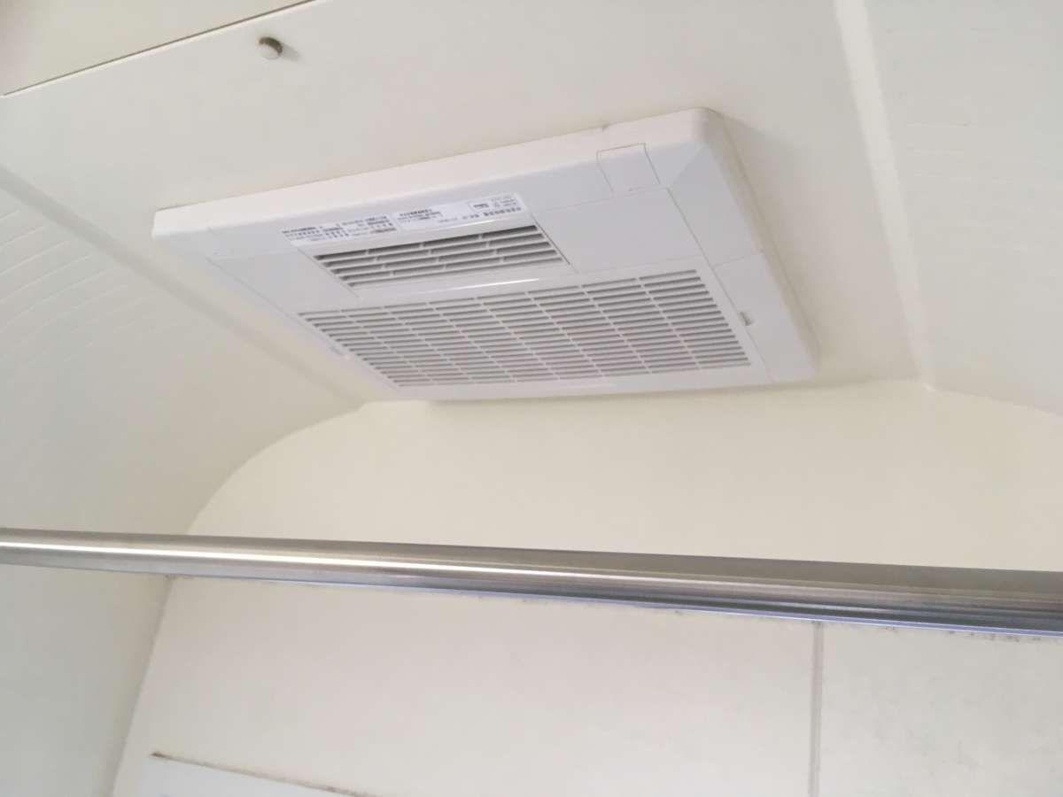浴室換気暖房乾燥機つけてみた ダイキン Bathroom Home