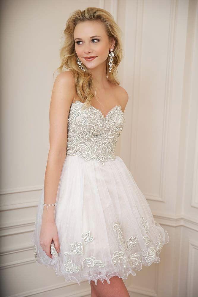 04cb1ce60 Ideas para tu vestido de 15  Corto Blanco