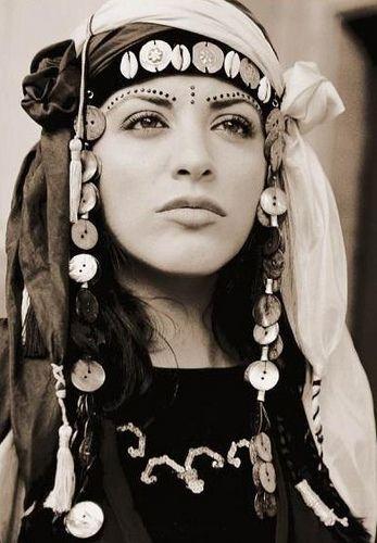 Kurdish+women+singer+zara