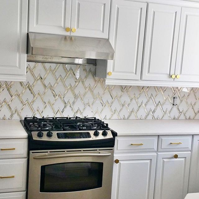 Art Deco Kitchen Renovation: Can't Get Enough Of Our Art Deco Inspired VZAG White Gold