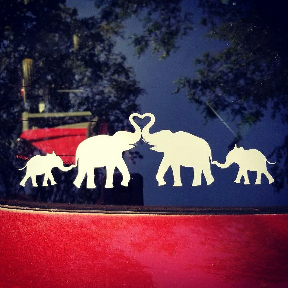 Elephant Family Car Decal Contact Me To Order Yours Or Visit Www Facebook Com Innovativecustom Family Car Decals Family Decals Family Car [ 954 x 954 Pixel ]