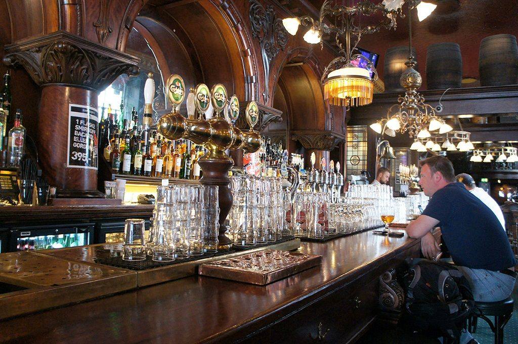 Finance For Hotels And Pubs