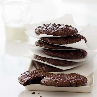 Easy-to-make flourless cakes, flourless cookies (pictured) and meringues http://yhoo.it/HWeKJa