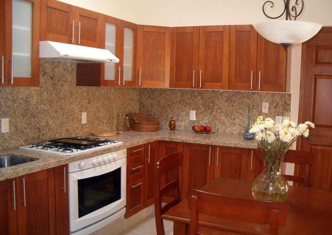 Imagenes de cocinas peque as pero bonitas con granito for Cocinas de madera pequenas