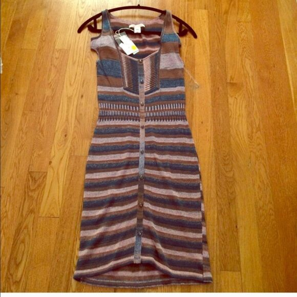 Charlotte Ronson Dress - Size XS  Charlotte Ronson Dress, Size XS. With original tags & never worn. Cold shoulder.. Purchased for $184, selling for $120 firm ❣ Charlotte Ronson Dresses