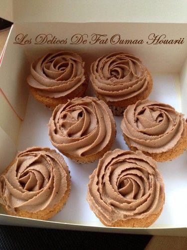 Cupcakes topping creme mascarpone nutella cake pinterest topping mascarpone cr me - Chantilly maison sans syphon ...