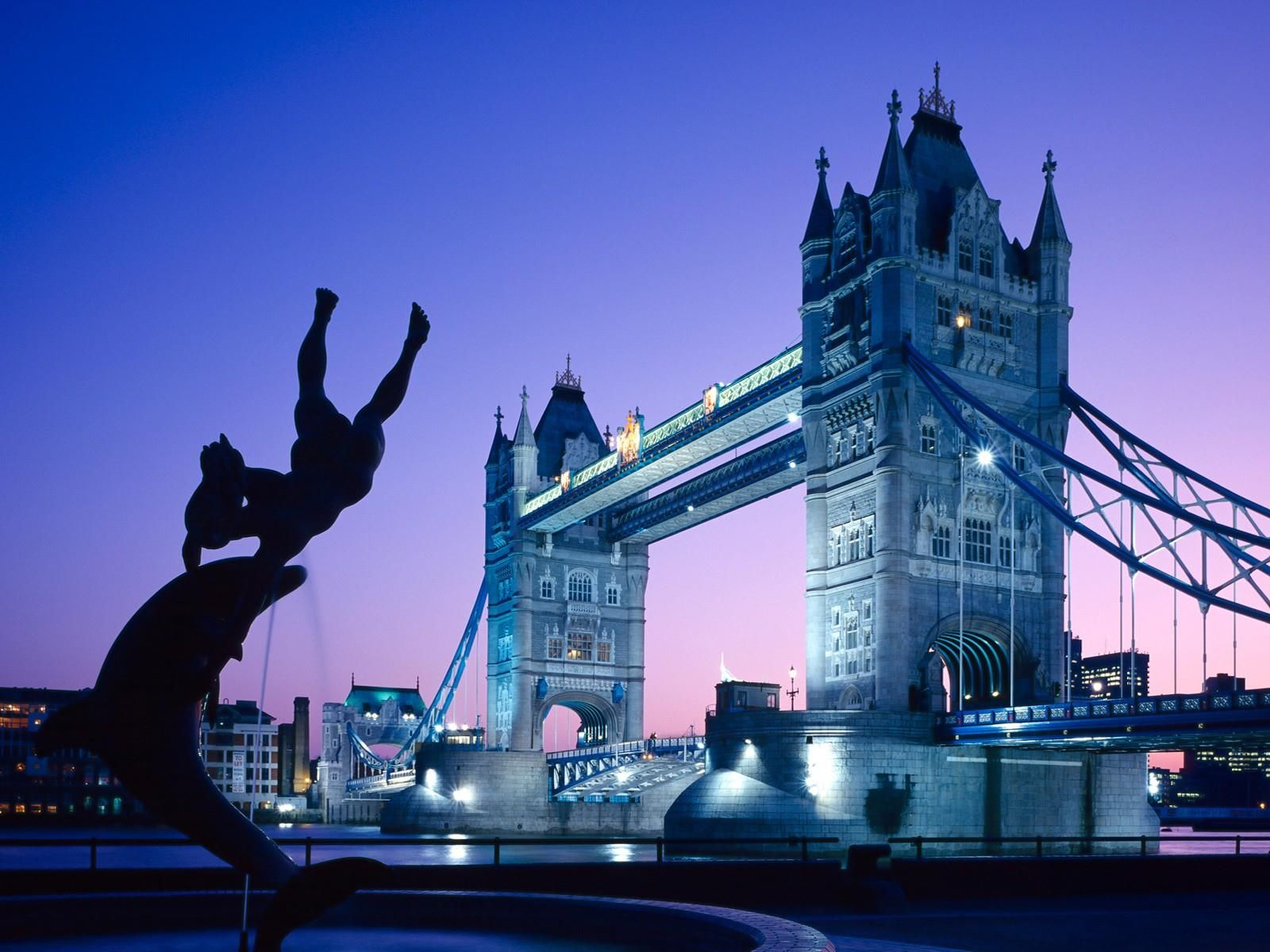 Pin By Unesourisetmoi On Voyager Dans Le Monde Tower Bridge London Tower Bridge London Wallpaper Tower bridge night reflections london hd