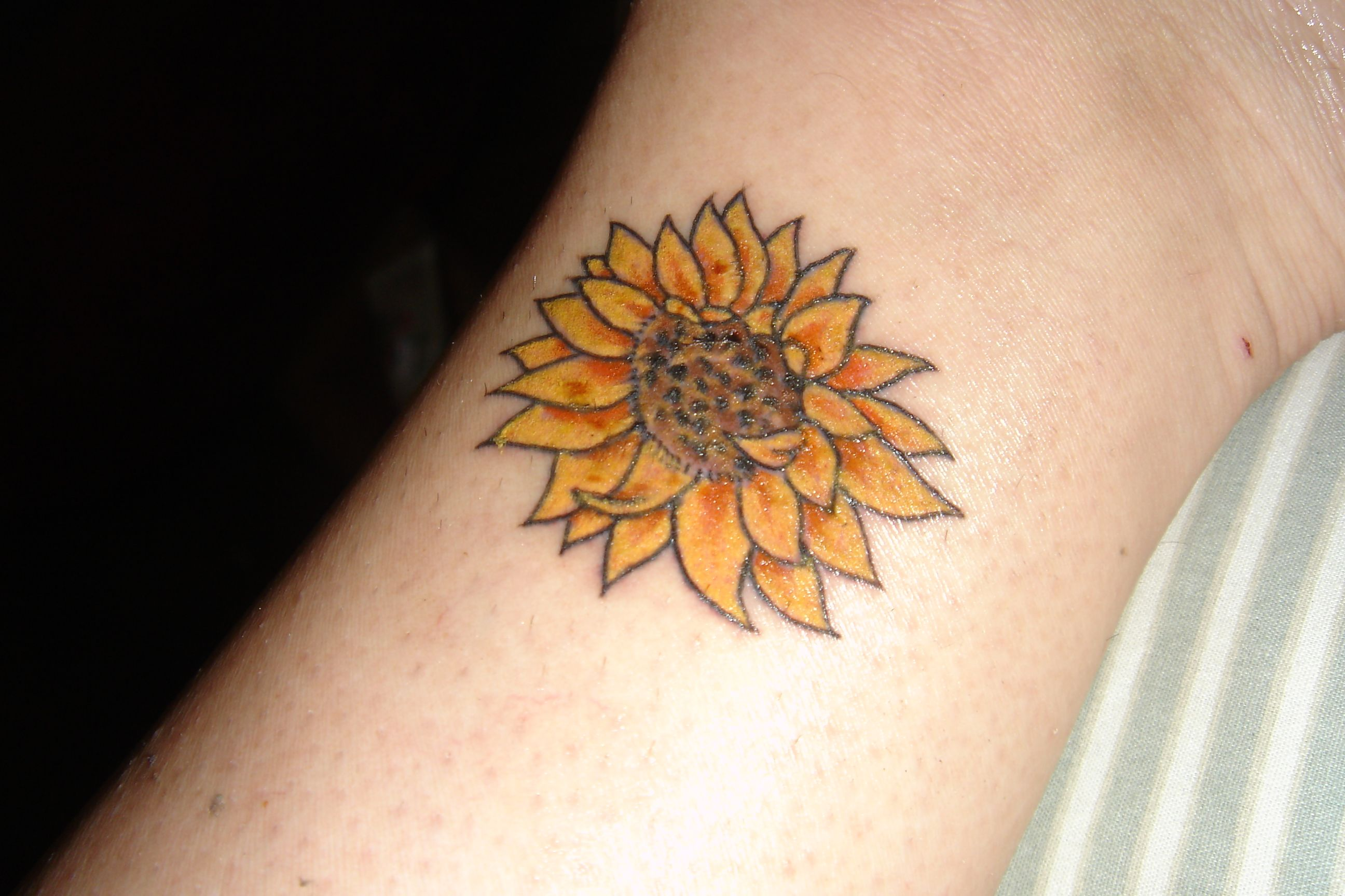 sunflower tattoo images - HD 2592×1728