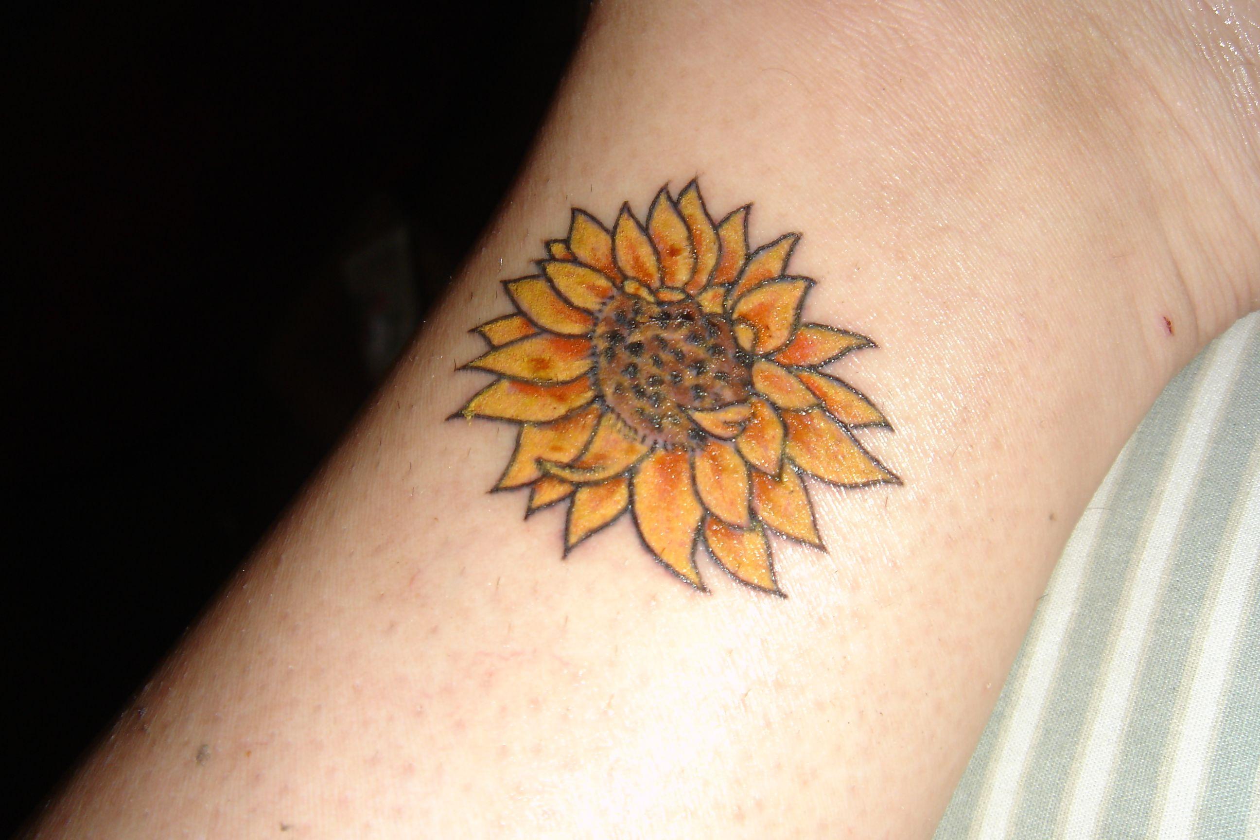 sunflower tattoo images - HD2592×1728