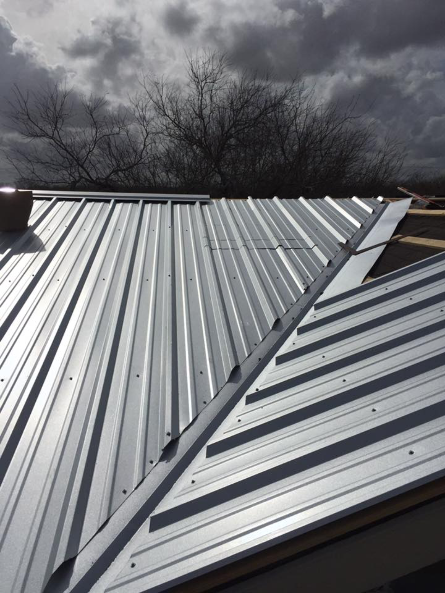 Metal Roof Valley Roof Design Glass Roof Roof Architecture