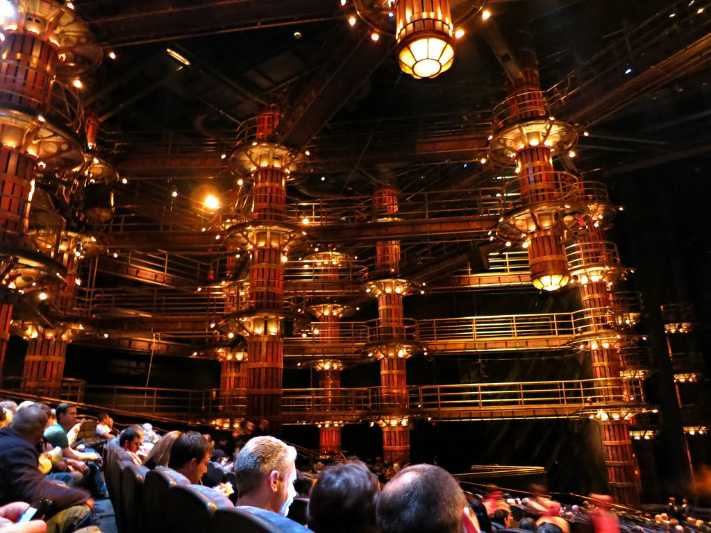 MGM Grand\'s KA Theater, Las Vegas   Vegas, Baby!   Pinterest   Vegas ...