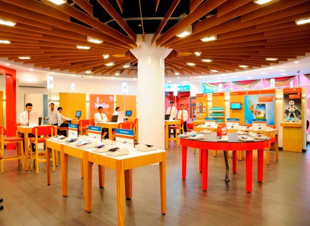 Vodafone India launches retail concept store in Mumbai ...