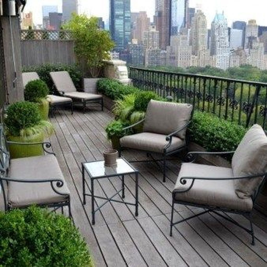 46 Inspiring And Amazing Garden Design Ideas At Balcony Of Apartment Home Dsgn Terrace Decor Terrace Design Balcony Decor