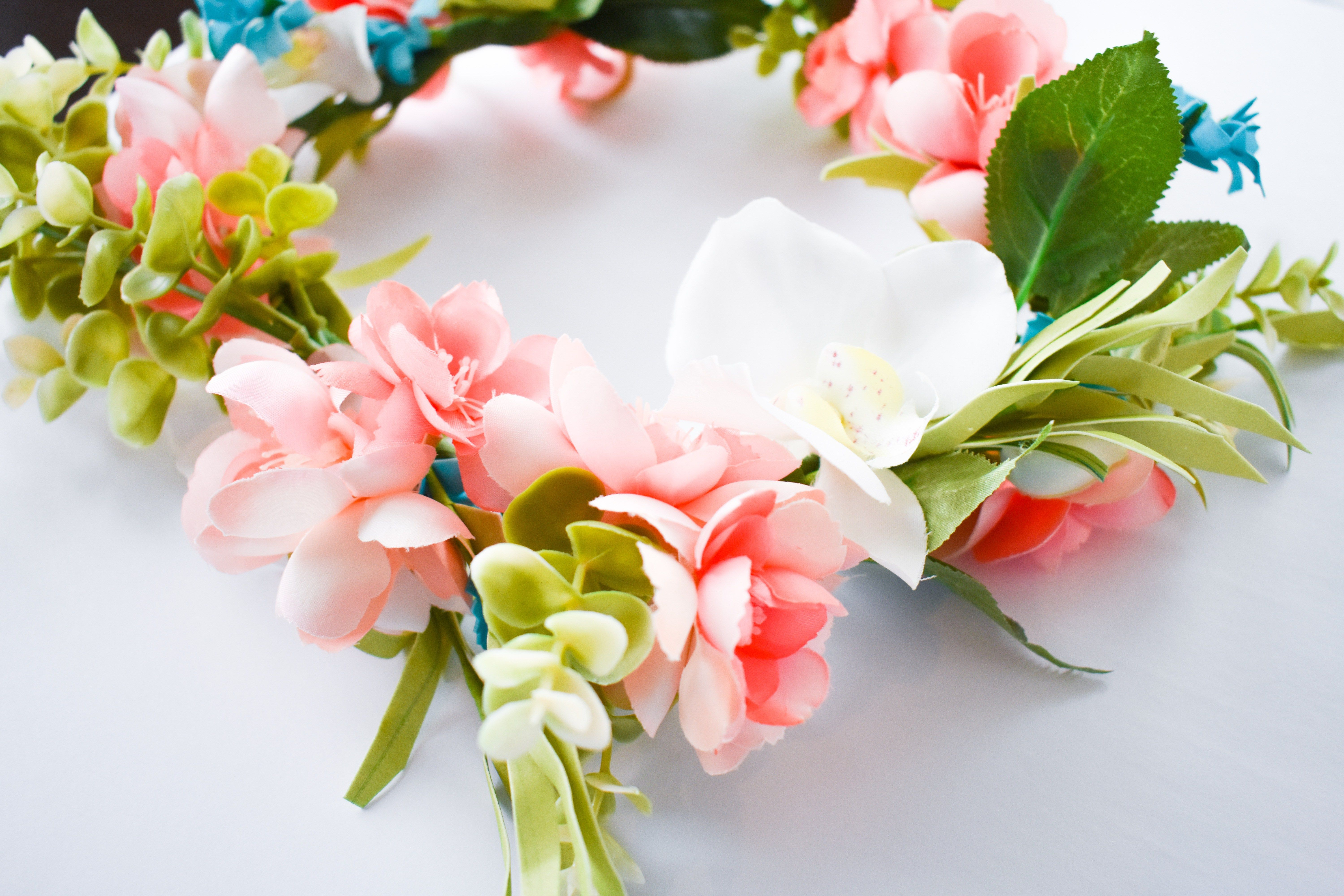 How to make a flower crown with fake flowers easy diy tutorial how to make a flower crown with fake flowers izmirmasajfo