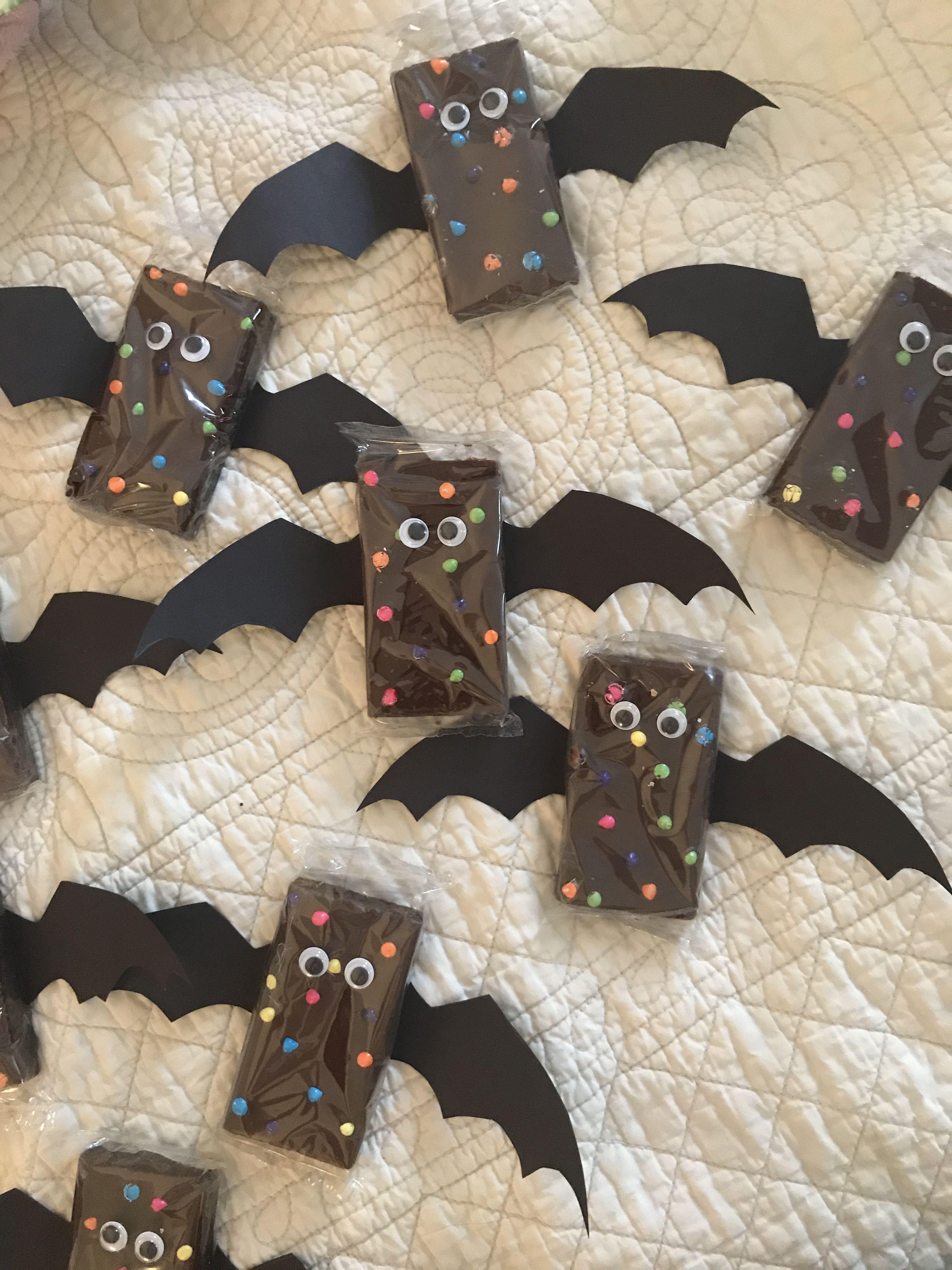 Halloween brownie bats  Made using cardboard paper, Little Debbie