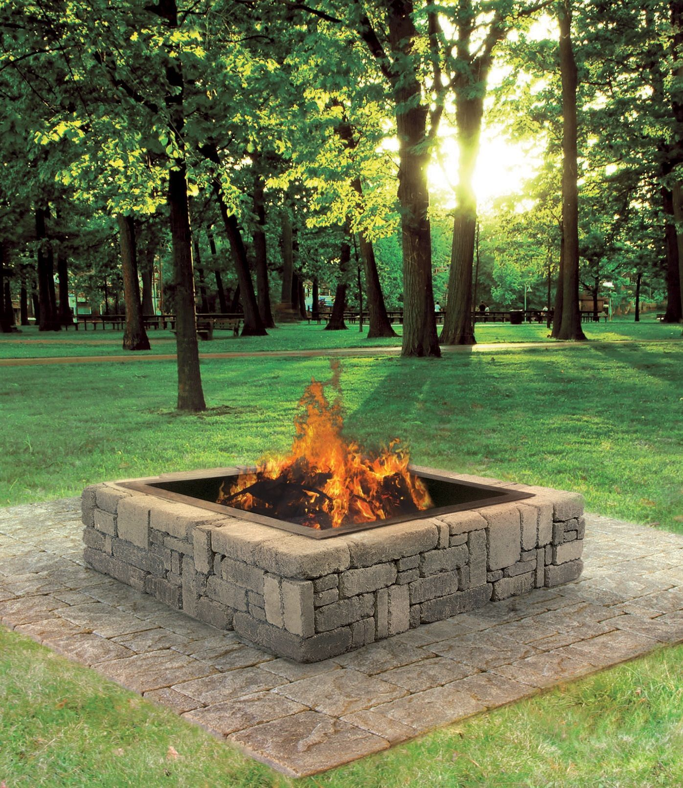 This Rustic Fire Pit Makes A Great Addition To Your Backyard Cabin Or Patio Extend Your Bonfire Seas Brasero De Jardin Foyer Carre Amenagement Cour