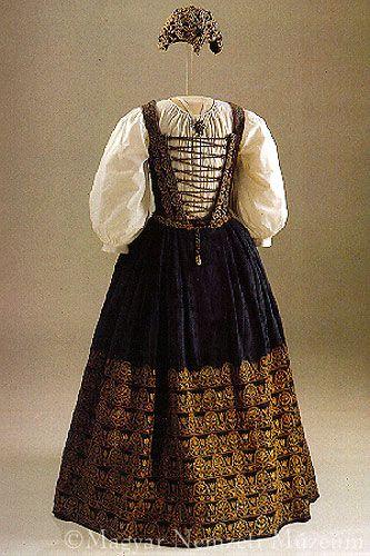 Skirt and Bodice: ca. 1626, with ladies' embroidery of Catherine of Brandenburg, consort of Gábor Bethlen. Transylvania.