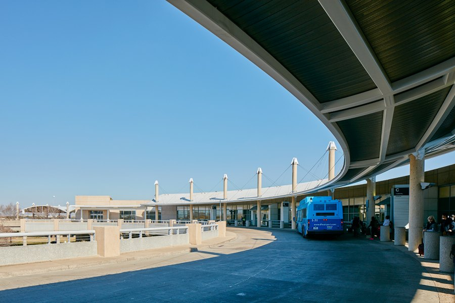 Consolidated Rental Car Facility Conrac And Bus Maintenance Facility At Dallas Fort Worth International Airport Dfw In 2020 Dallas Fort Worth International Airport Car Rental House Styles