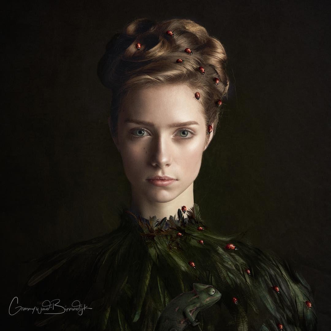 Photographer Gemmy Woud-Binnendijk Captures Portraits In