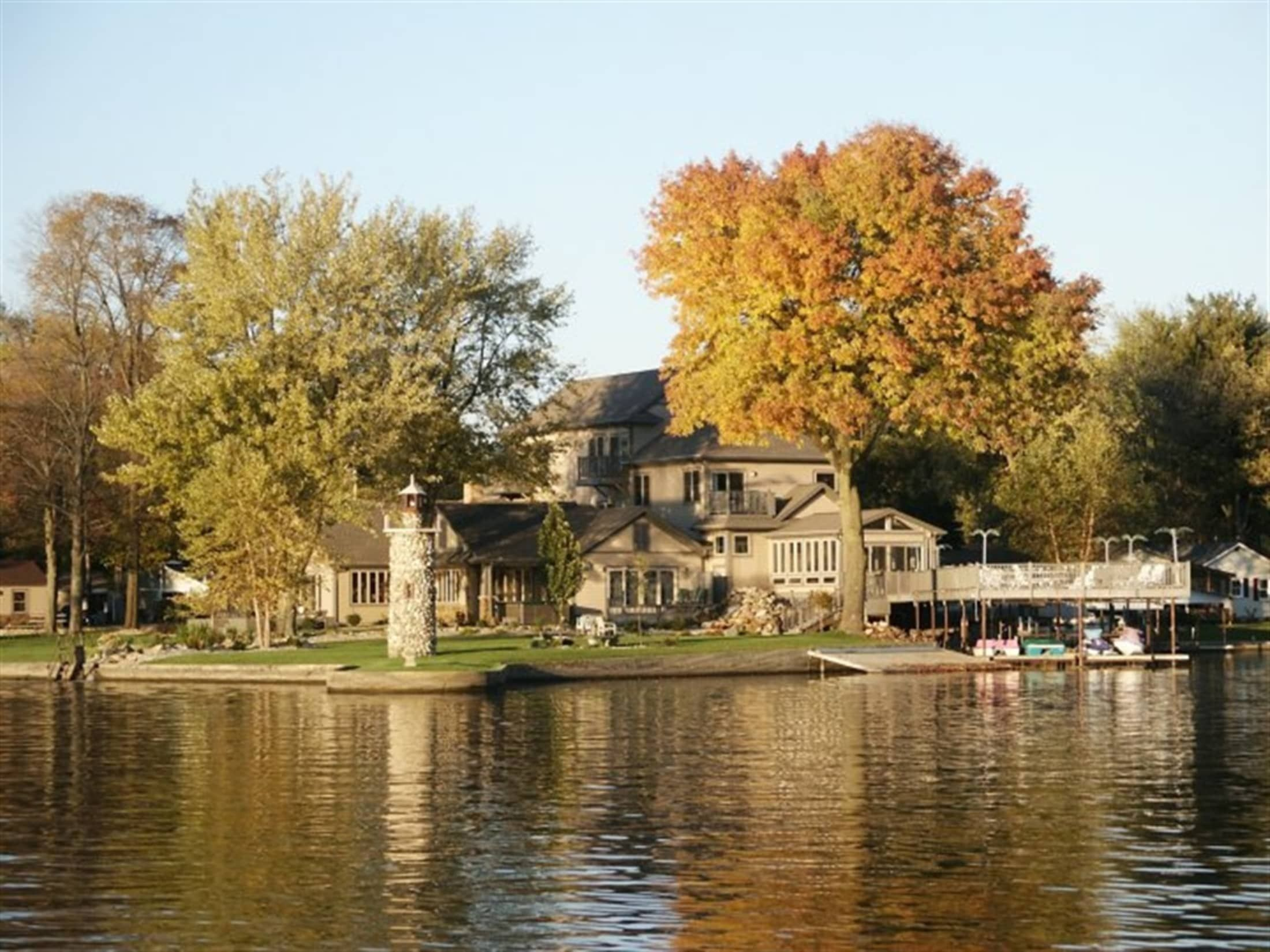 Bed & breakfast and cottage rentals located on beautiful