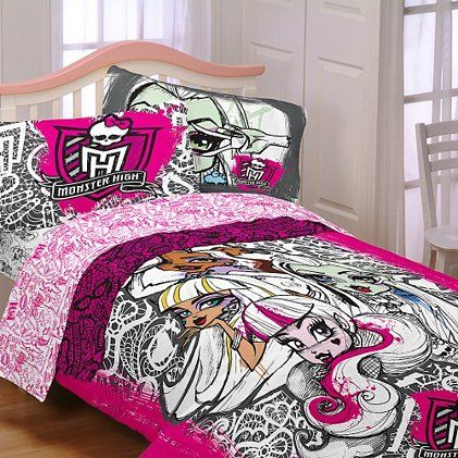 Monster High Scary Cute Twin Bedding Set- would love to get this for Cali for her birthday!